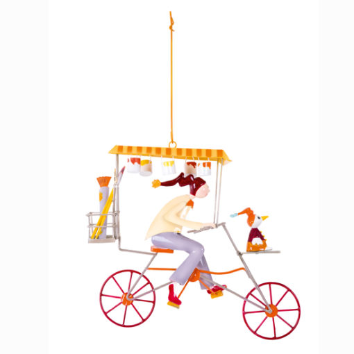 Le-Painter-beige--small-hanging-mobile