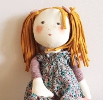 Moulin Roty Les Rosalies Violette Ragdoll - Little French Heart close