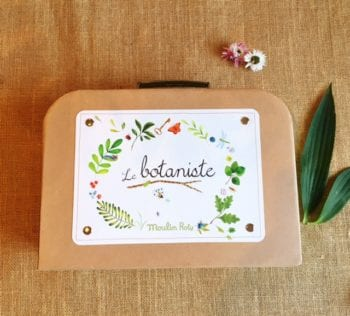 Moulin Roty Little Botanist Flower Press Set Case