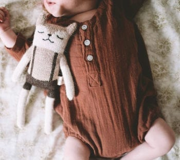 Main Sauvage Fawn Teddy Knit Toy