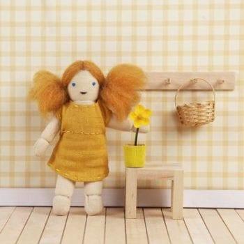 Ollie Ella Holdie Folk Daisy