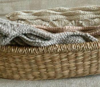 Bonet Knit Blanket Little French Heart 2