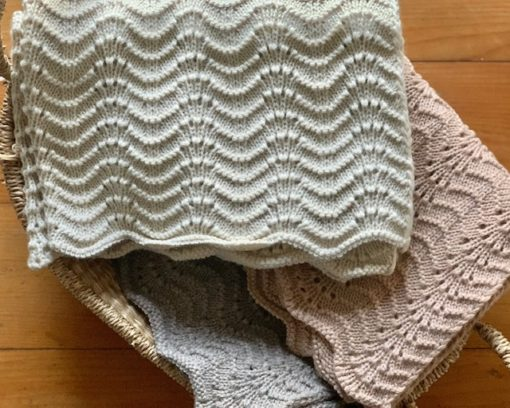 Bonet Knit Blanket Little French Heart