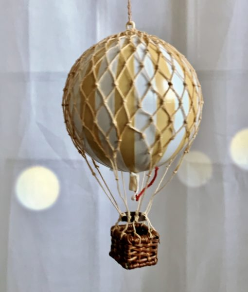 Vintage Hot Air Balloon Neutral