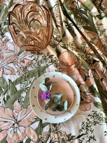 Bonjour Diary Table Cloth Orchid