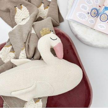 Bloomingville Swan cushion