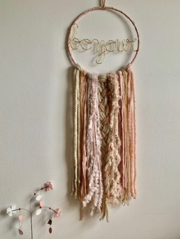 LED Bonjour Dreamcatcher Beige Pink Gold Medium