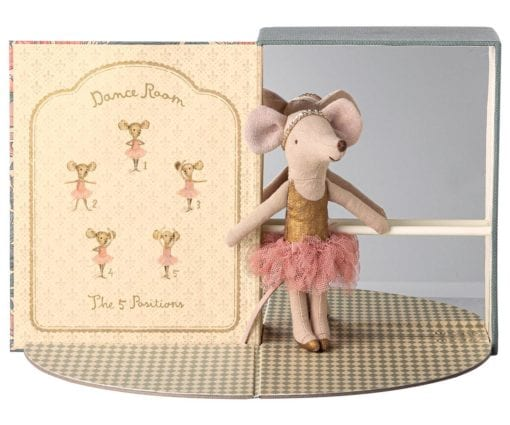 aileg Dance Room with Big Sister Mouse Little French Heart