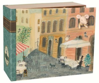 Mouse Book House Little French Heart