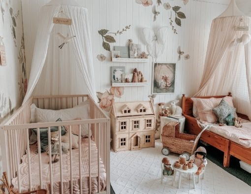 shell-pink-shared-room-bonne-mere