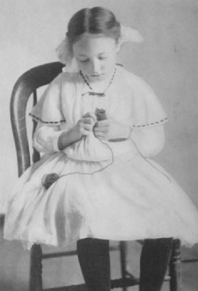 French Knitting: Mary McCormack