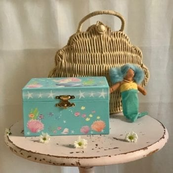 Sea Set (Music Box,Mermaids and Seashell Purse)