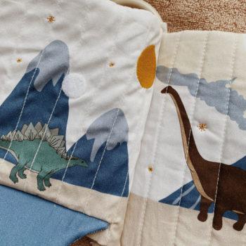 Kongesslojd-Baby-Fabric-Book-Dinosaur-Little-French-Heart