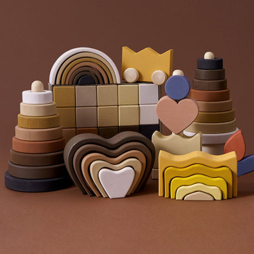 Raduga-Grez-heart-arch-stacker-Little-French-Heart
