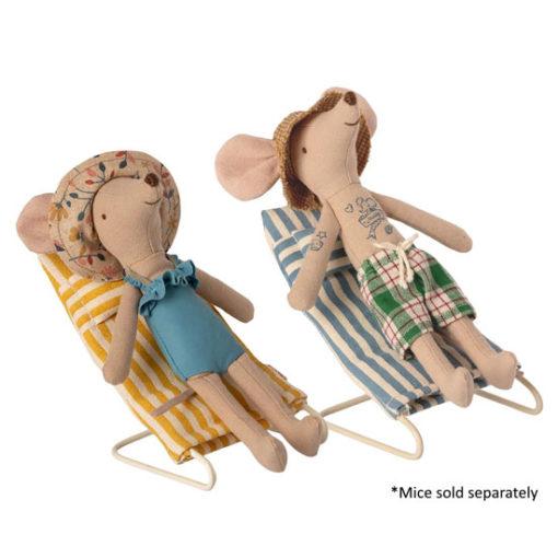 Maileg-Beach-Chair-Set-Mouse-Little-French-Heart