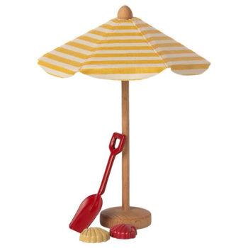 Miniature-Beach-Umbrella-Little-French-Heart