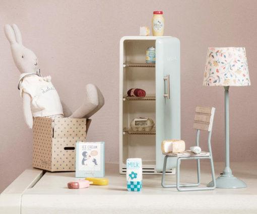 Maileg-Miniature-Grocery-Box