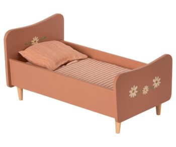 Maileg Wooden Bed Mini Rose #Littlefrenchheart
