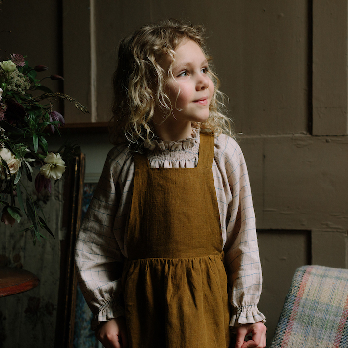 Nellie Quats Conkers Pinafore Burnt Caramel Linen #littlefrenchheart
