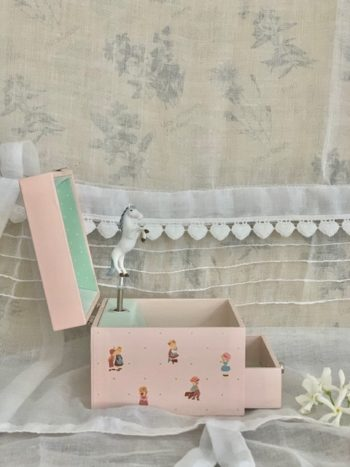 Music Box Cube Boat #Littlefrenchheart